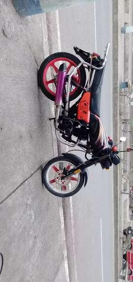 Vendo moto marca motor 1