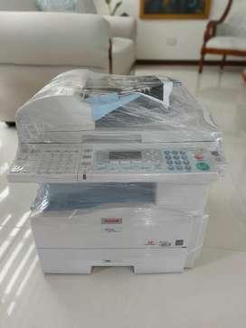 Ricoh aficio MP 201 spf( impresora, fotocopiadora y escaner)