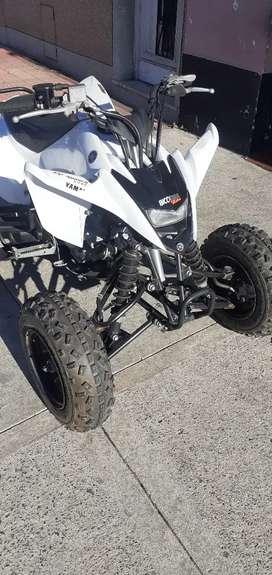 Cuatriciclo Yamaha 125cc (Full atrás y adelante)