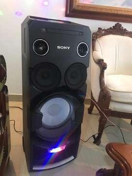 MHC-V7D sony  equipo de sonido