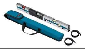 Vendo Nivel Professional Bosh GIM 60l con mira Laser