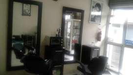 Se vende peluqueria en Ibarra