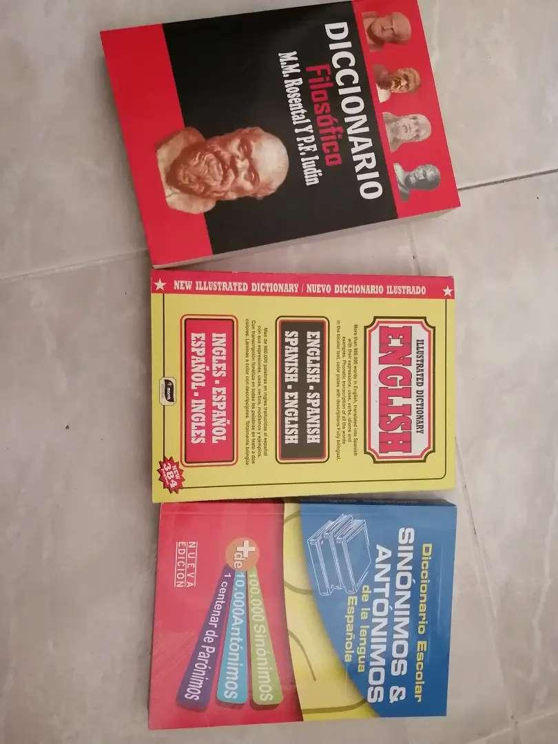 Vendo diccionarios nuevos