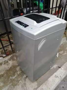 Lavadora whirpool digital de 28 libras con garantía