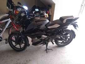 Motocicleta pulsar 180 UG PRO