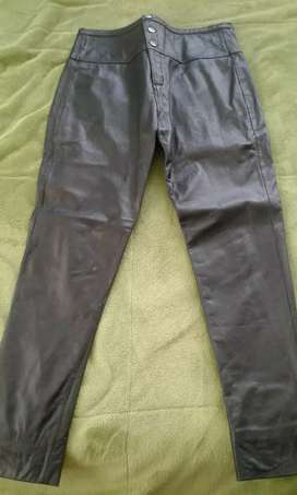 Pantalon de cuero