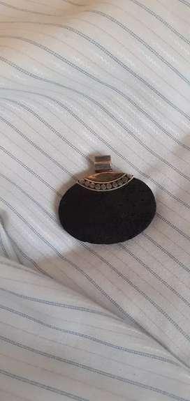 Dije de plata 925 (piedra negra)