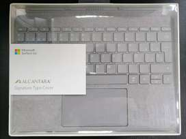 Teclado Alcantara Signature Type Cover