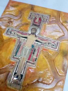 Retablo Cristo san Damián 30*25 decorado y resinado