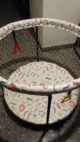 Corralito para bebé marca bebesit, excelente  estado, poco uso