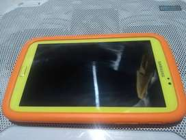 "Tablet SAMSUNG Kids 8G 7"" amarillo ( SM-T2105 )"