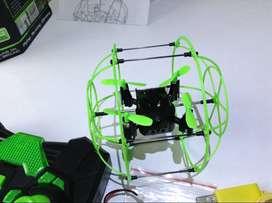 Un Drone Sky Walker. Incluye DOS baterías nuevas. 2.4Ghz Armazon 360 mini RC quadcopter. Vuela, Corre, escala.