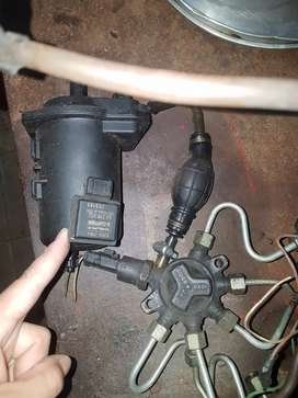Vendo bomba inyectora de renault kangoo clio diesel..
