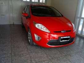 Vendo Ford Fiesta Kinetic Titanium 2011