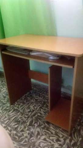 Mueble de computacion