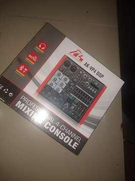 Vendo consola audio king  2 canales
