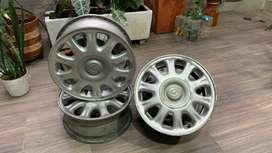 """Vendo 4 rines 14"""" de Mazda en Aluminio"""