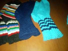 Medias de lana tejidas