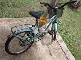 Bicicleta  usado acepto permutas