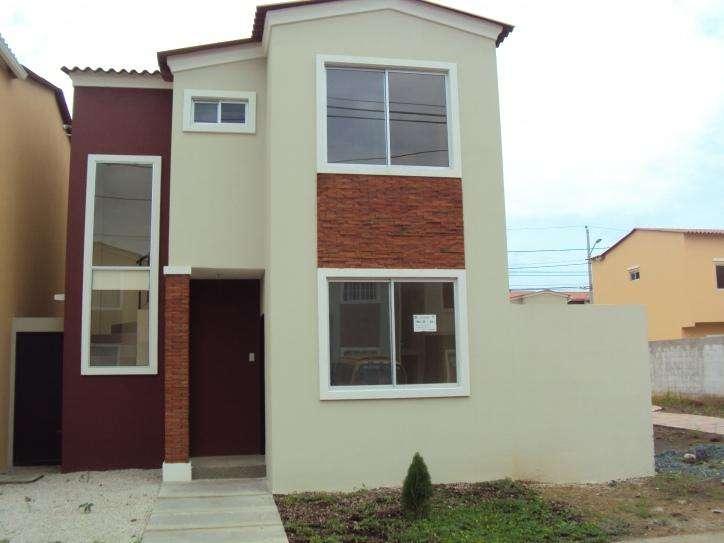 Hermosa casa de venta por estrenar en Urb. Villa Italia. 0