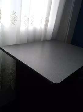 Se vende escritorio de melamine - Chincha