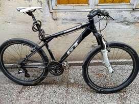 Vendo bici GT avalanche 3.0