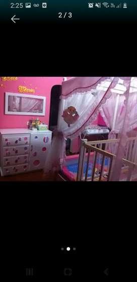 Hermosa cama tipo princesas