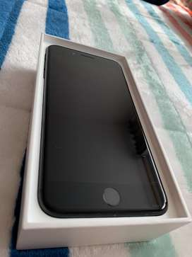 Vendo iPhone 7Plus 32Gb Color Negro