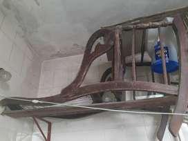 Silla hamaca de madera