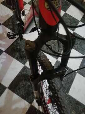 D oportunidad Vendo linda bicicleta mtb  como nueva