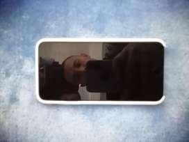 Iphone 7 plus de 32 GB condicion de bateria 90% estado fisico 10/10 con vidrio restaurador de rayones.