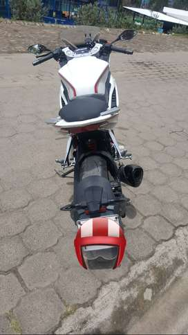 Moto loncin GP300