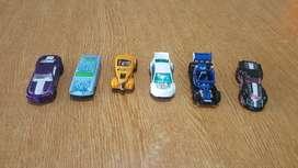 5 autos de HOT WHEELS+1 que cambia de color