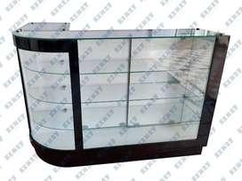 Elegante mostrador curvo. Diseño de lujo. Madera y vidrio con iluminación LED. Garantizado de calidad.