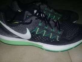 Zapatillas Nike Zoom deportivas 15us 49.5 33centímetros