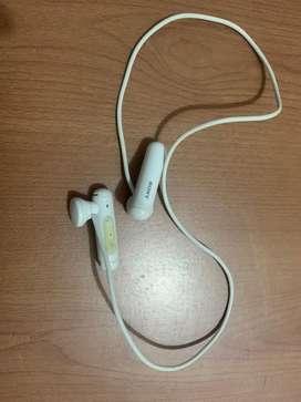 Sony Audífonos Deportivos Internos Inalámbricos WI-sp500