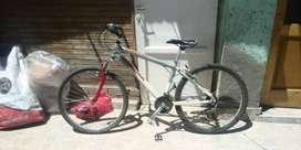 Vendo Bicicleta rodado 26. Escucho ofertas.