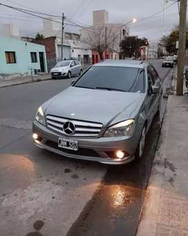 Vendo Mercedes Benz C250 sport