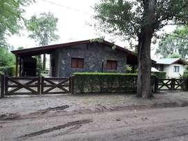 gf66 - Cabaña para 1 a 6 personas con cochera en Villa Ciudad Parque