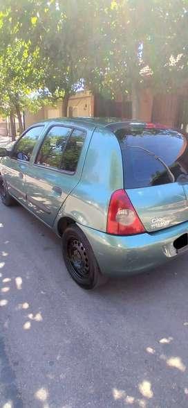 Dueña vende Renault Clio 2007