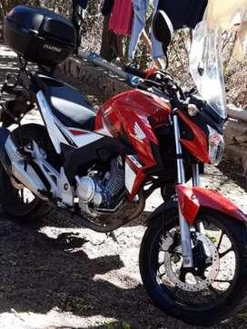 Honda Twister 250 Equipada para viajar.