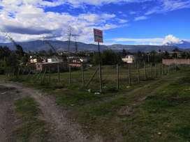 Se vende terreno en el barrio Cumandá, sector San Antonio, via a Baños, Ciudad de Riobamba.