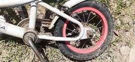 Bicicletas de caño reforzado usada