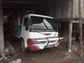 Hino FB camión