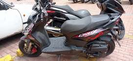 Motocicleta marca SYM, modelo 2018.