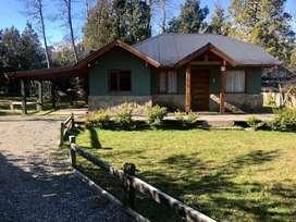 he75 - Casa para 2 a 5 personas con cochera en Villa La Angostura