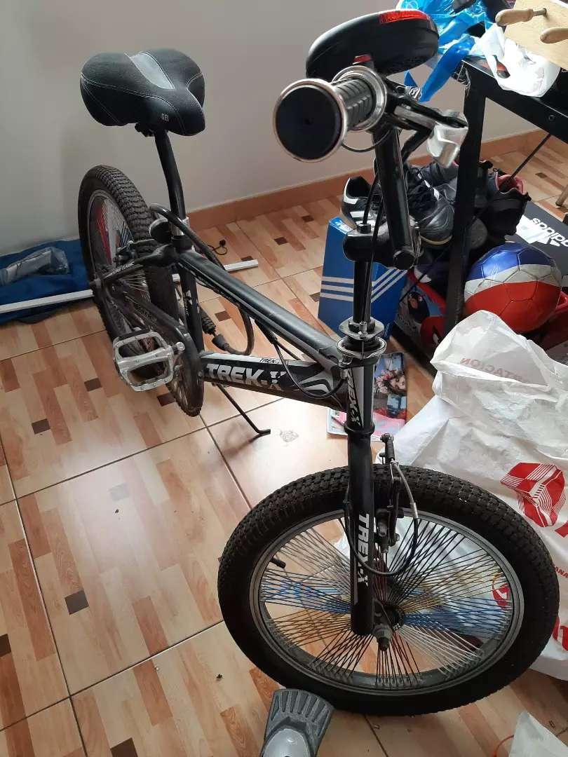 Bicicleta acrobatica 0