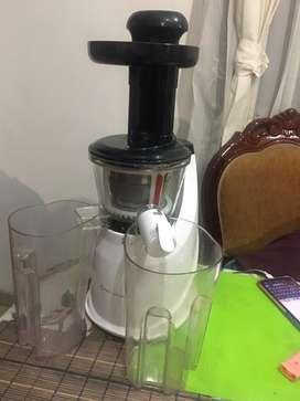 Extractor de jugos nutrex press rena ware.