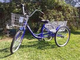 Triciclo muevo remato