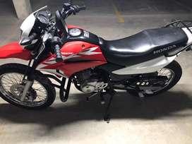 Se vende moto XR 150L modelo 2019